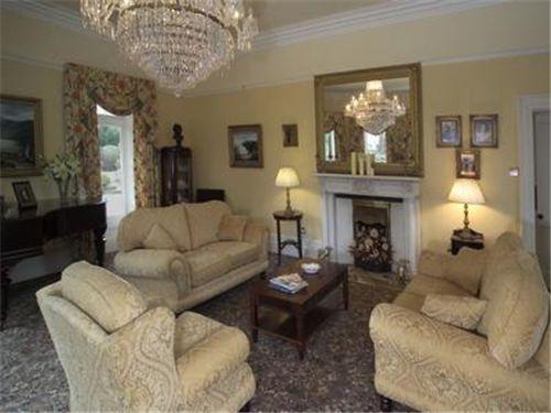 Irish decor irish family room my irish dream home for Celtic bedroom ideas