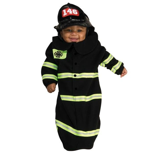 Your little hero will be noticed when wearing the Firefighter Deluxe Bunting Infant Costume!