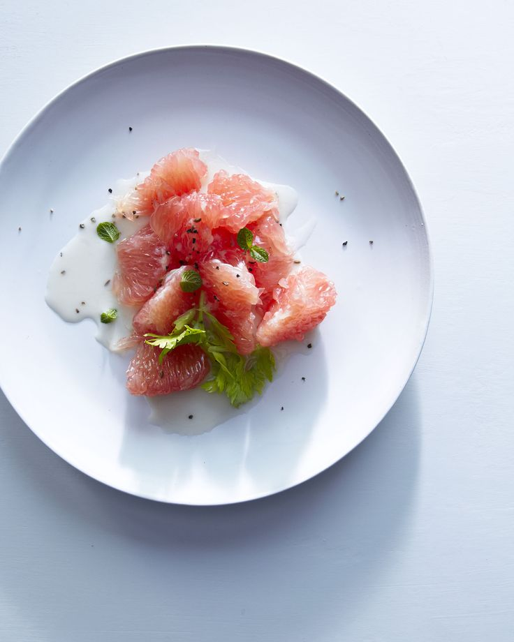 pink grapefruit breakfast salad w/ maple lime buttermilk dressing w/ cumin seed // hungry ghost