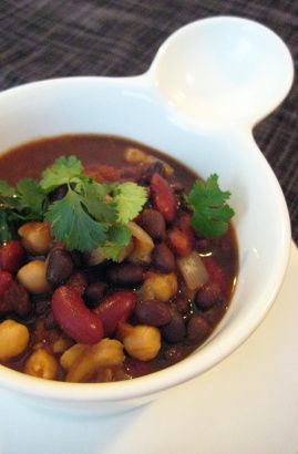 Slow Cooked Vegan Black Bean Chili   Cook   Pinterest