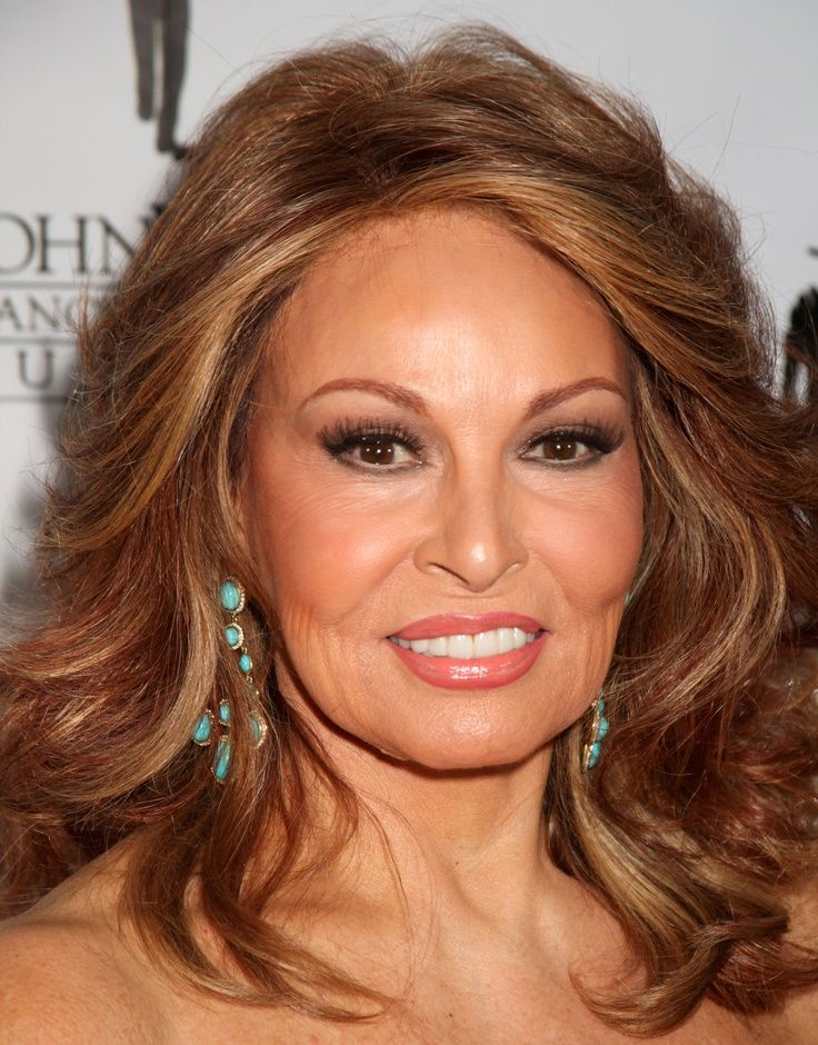 Raquel Welch | Beautiful and natural Beauty, | Pinterest