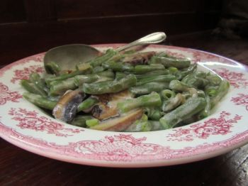 Green Beans in Mushroom Sauce | My Submissions at South Dakota Magazi ...