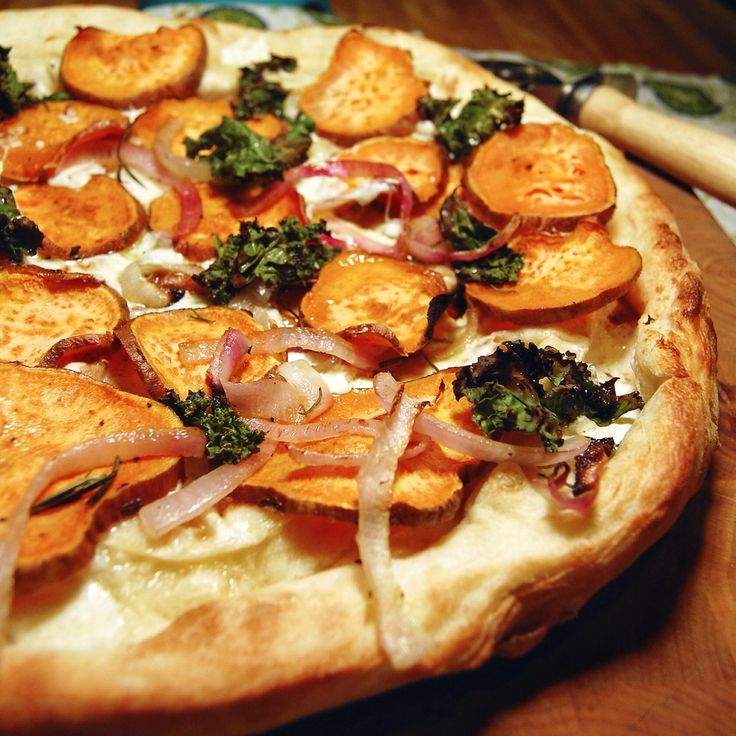 Sweet Potato Kale Pizza With Rosemary & Red Onion Recipe ...