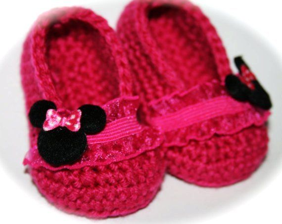Free Crochet Pattern Minnie Mouse Shoes : Crochet Minnie Mouse Booties Free Pattern Joy Studio ...
