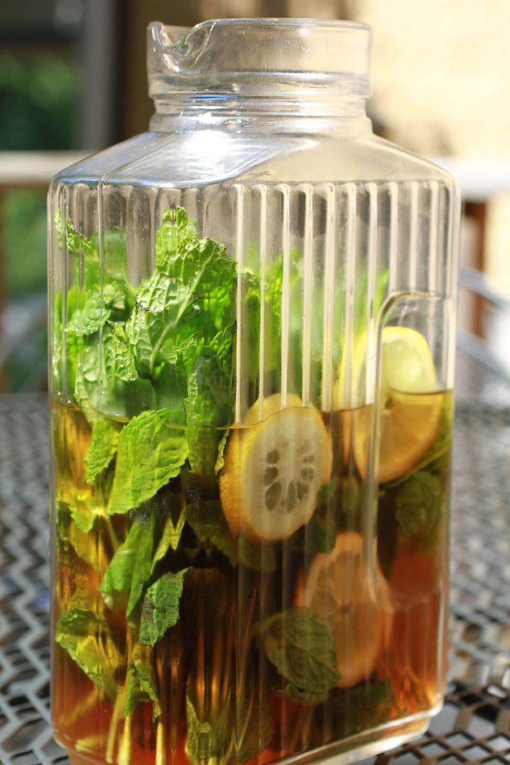 Mint Sun Tea   WeeklyGreens.com   Summer   Pinterest