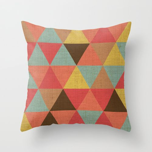 Triangle Pattern Throw Pillow