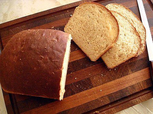 Buttermilk Oatmeal Bread by Caudagali, via Flickr