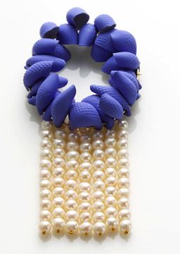 Min-Ji Cho brooch - 2007 - rubber gloves & pearls