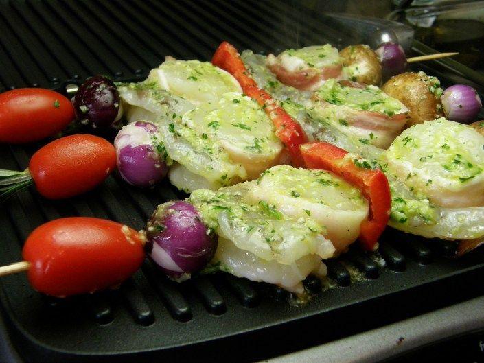 Herb Garlic Marinated Seafood Kabobs | Yummy! | Pinterest