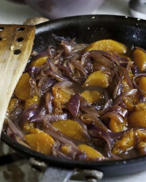 Ginger Chicken With Peaches And Onion Recipe — Dishmaps