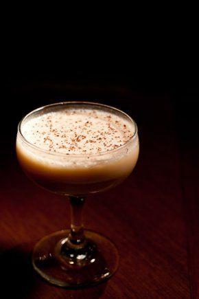 Voodoo Rootbeer - Dark Rum, Vanilla, Cloves, Simple Syrup, Stout Beer.