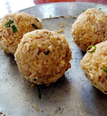 Fried rice balls. Yum! | Things I Eat | Pinterest