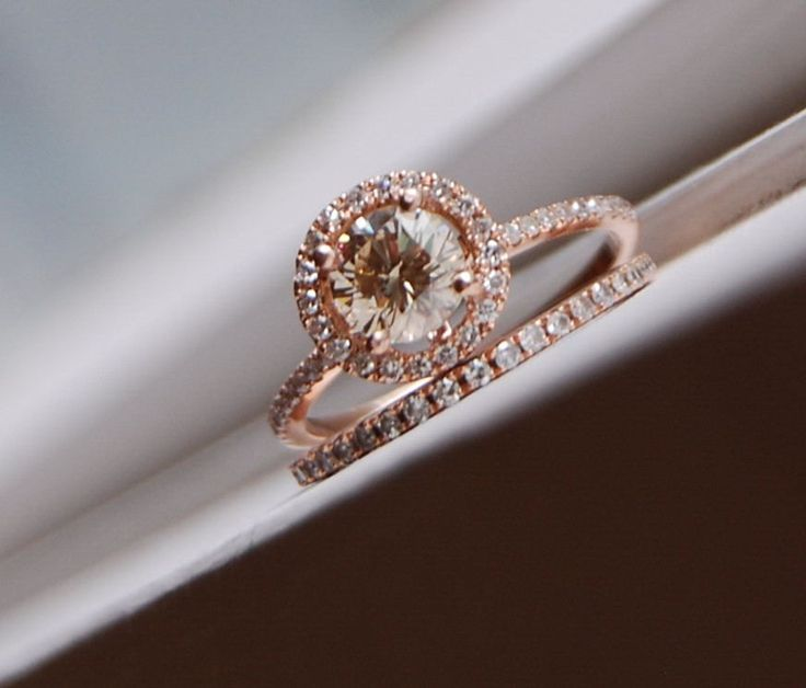 rose gold engagement rings champagne diamond rose gold