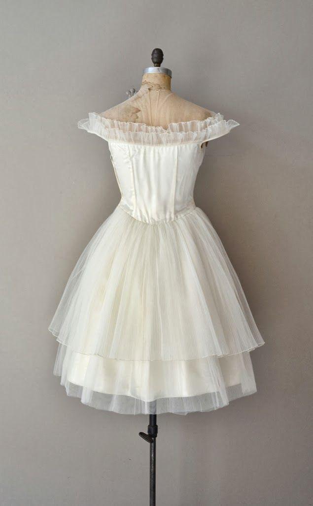 ... Wedding Blog: {la robe du jour} mariée vintage : douces années 1950