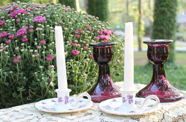 Purple done tastefully is so pretty for wedding ceremony or reception