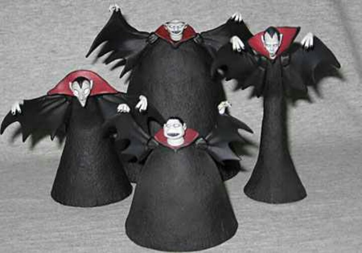 The Nightmare Before Christmas Vampires...WANT!!!