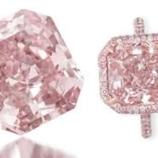 24 karat pink diamond ring Bejewelled