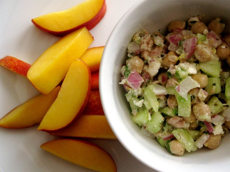 Mediterranean Tuna Salad from Laqfitness | lunch ideas | Pinterest