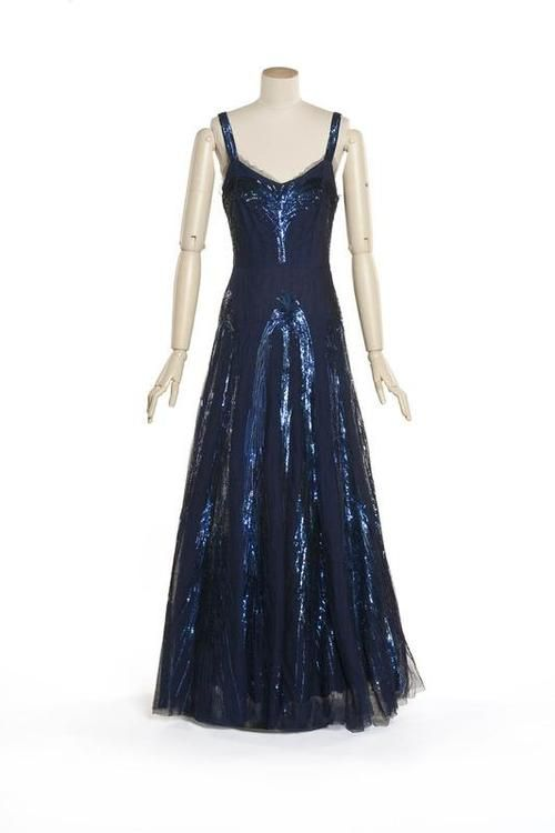 Evening Dresses By Coco Chanel 77