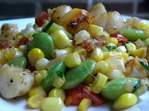 Pan Seared Scallops with Bacon Succotash | Things I Crave.... | Pinte ...