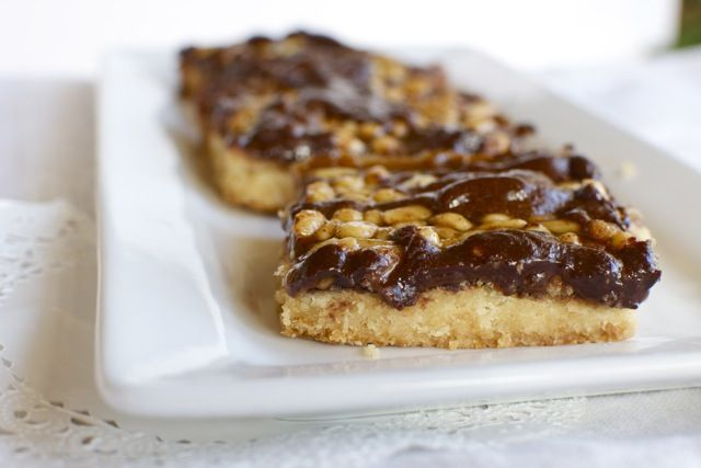 Pine Nut and Chocolate Caramel Bars | Cookies/Bars | Pinterest