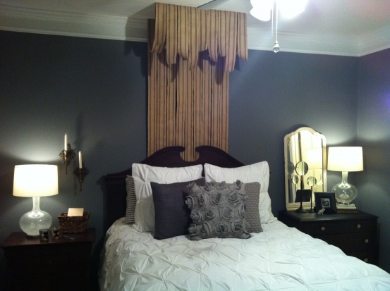 how to: burlap bed canopy.