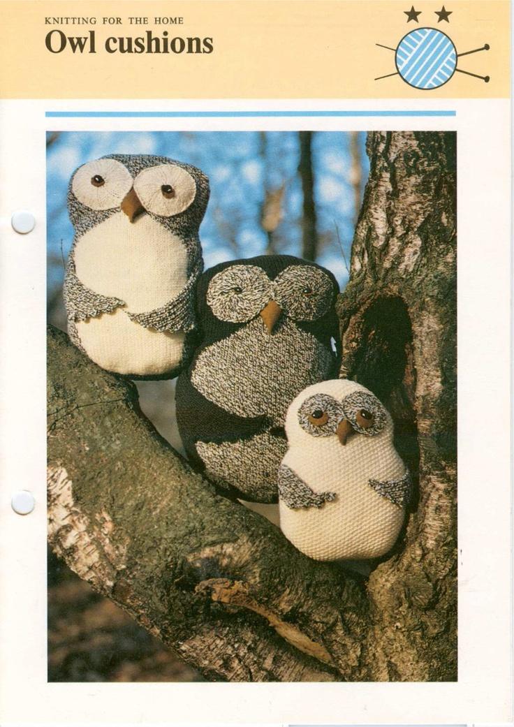 Owl Cushion Knitting Pattern : vintage owl cushion/pillow knitting pattern PDF owl toy, tweed cushio?