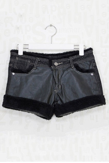 Denim shorts, featuring a low-rise waist with button closure, five pockets with rivet detail, horn toggle closure to back pockets, contrast faux leather to front, shearling trim detail to the main, warm and chic.