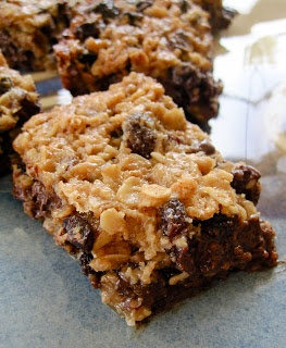 Chocolate Therapy: Thick, Chewy Granola Bars