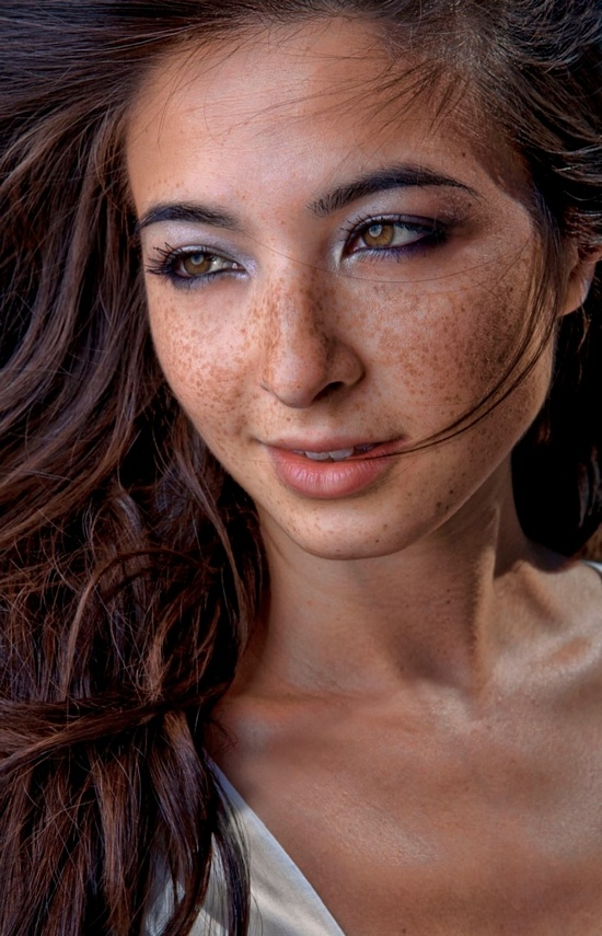 those bedroom eyes freckled face cuties pinterest