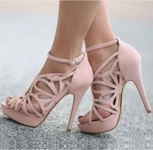 Blush cut out heel | Stylish Ashley for more visit http://stylishashley.blogspot.com/