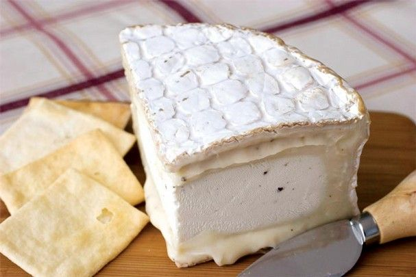 Cypress Grove Chevre Truffle Tremor | cheese | Pinterest
