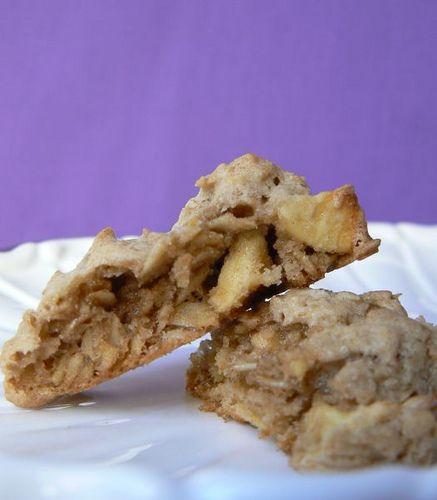 Cinnamon Oatmeal Apple | Sweets Shoppe | Pinterest