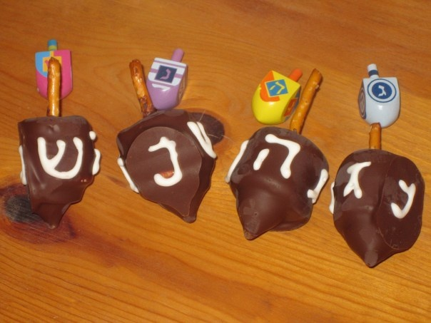 hanukkah dreidel (chocolate covered marshmallow's decorated and on a ...