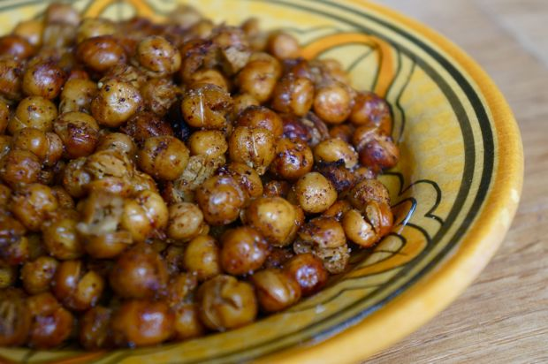 crispy & spicy chickpeas | Recipes and Inspiration | Pinterest