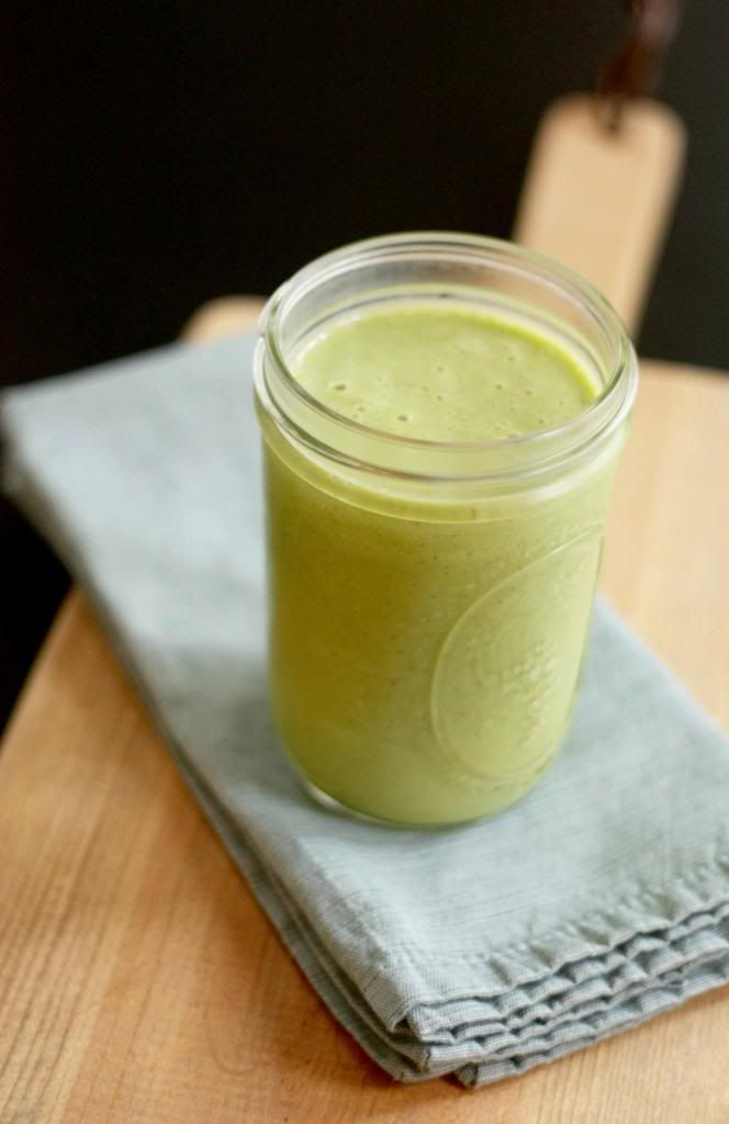 Peach, banana and spinach smoothie | Food | Pinterest