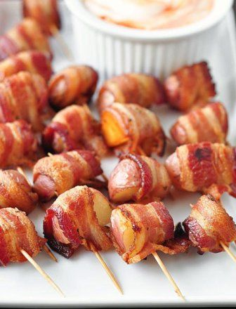 Bacon-Wrapped Potato Bites with Spicy Sour Cream Dipping Sauce - an ...