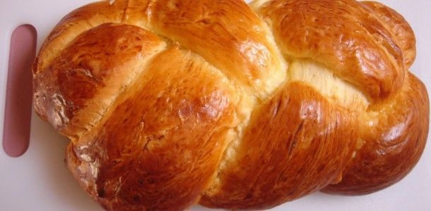 easter bread ring italian easter bread tsoureki greek easter bread ...