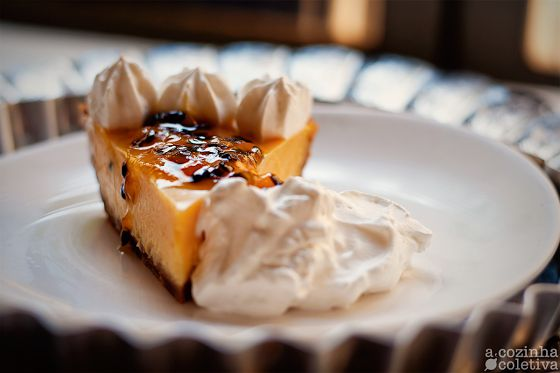 Passion Fruit Cheesecake Tart with Passion fruit jam