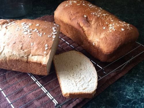 oatmeal 'honey' bread. mmmm. | vegan foodie | Pinterest