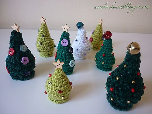 Free Crochet Pattern For Mini Christmas Tree : Ravelry: Mini Christmas Trees pattern by Annaboos House ...