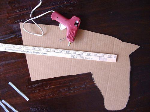 Carousel horse craft for preschoolers