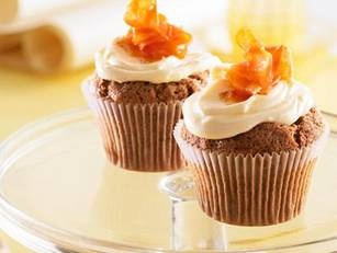 Carrot cupcakes with Cream cheese & orange frosting