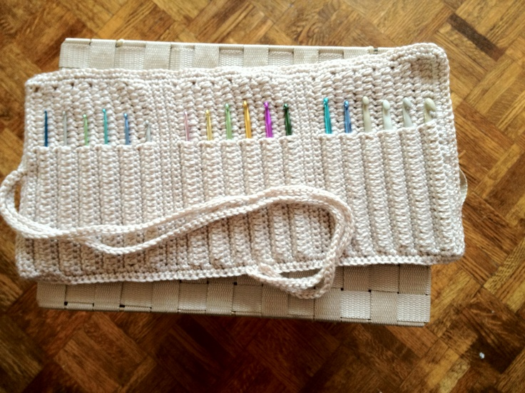 Crochet hook holder. Crochet Hook Holders Pinterest