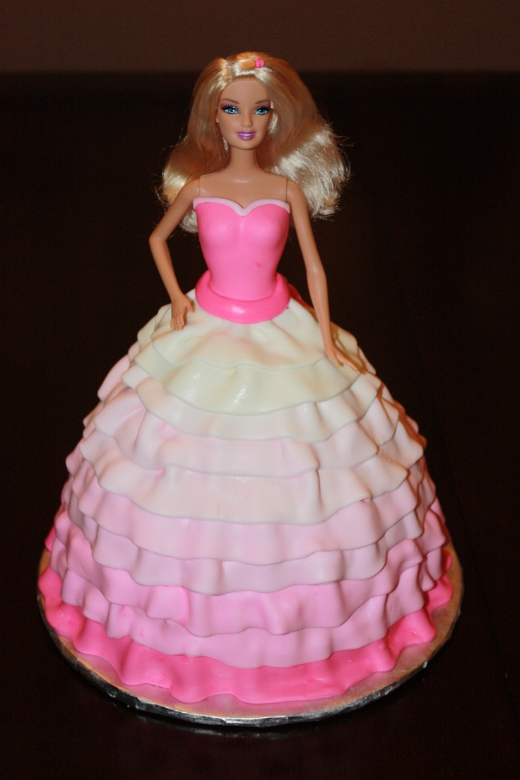Barbie Fondant Cake Images : Barbie cake pretty fondant dress. Barbie Doll Fondant ...