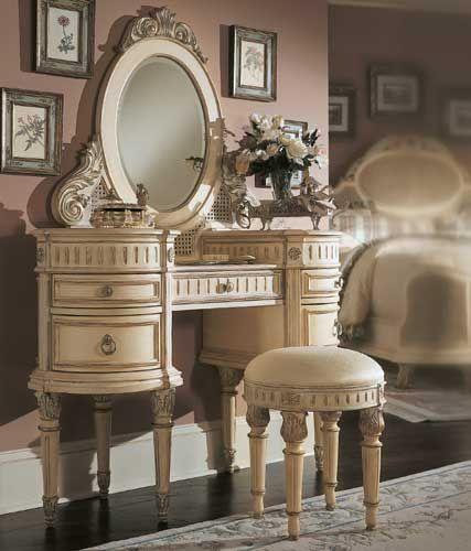 Stately Looking Vanity And Stool Old Fashioned Vanities Vanity It
