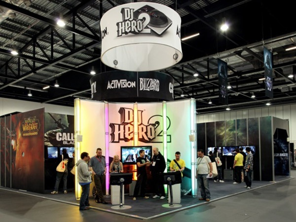 Activision dj hero 2 booth by skyline exhibits