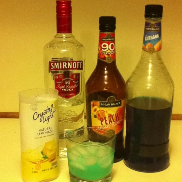 Vodka + Peach Schnapps + Blue curaçao + crystal light lemonade ...