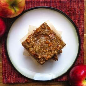 Dreamy apple pie bars, filled with tender apples, infused with warm ...