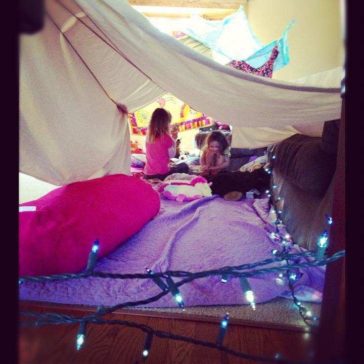 *Blanket fort* Epic Pillow Fort Pinterest